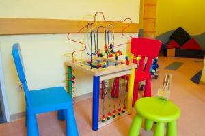 Wartezimmer der Kinderarztpraxis Dr. Petra Müller