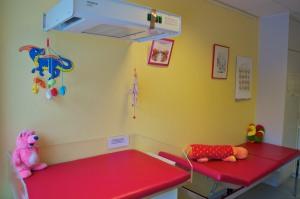 Behandlunszimmer Kinderarztpraxis Dr. Petra Müller